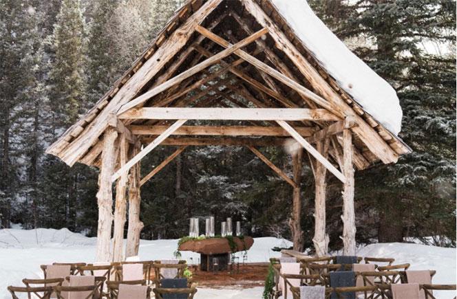 boda en invierno altar