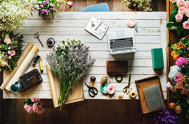 Ramos de flores en tu oficina