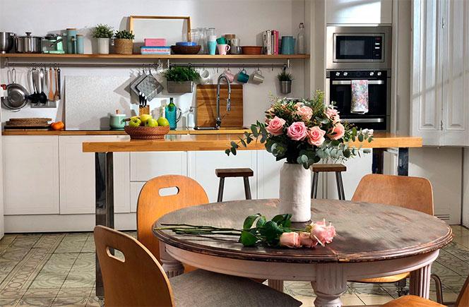 flores en casa cocina