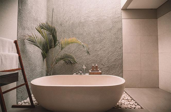 flores en casa baño