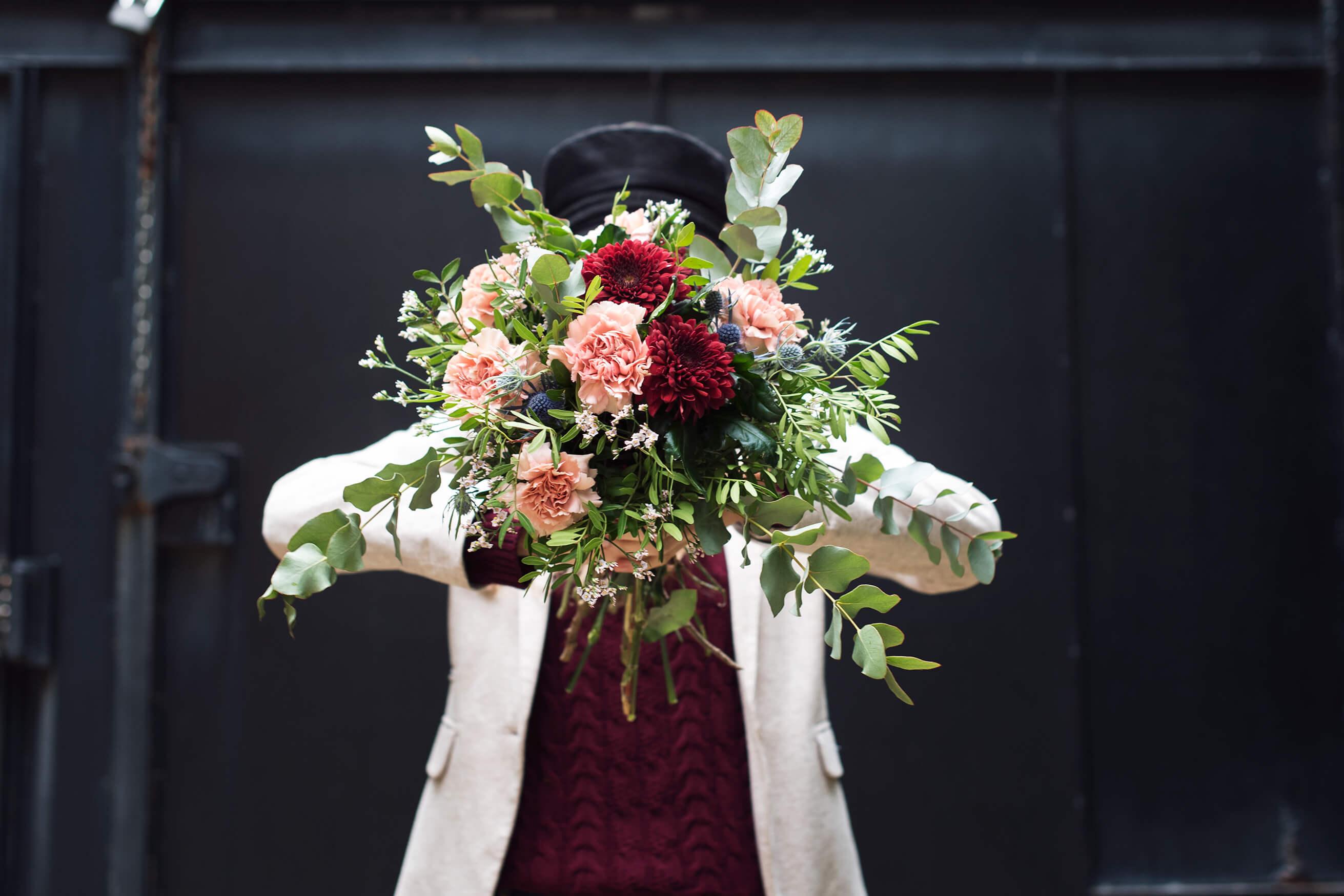 cUnique, ramo de san valentín con crisantemos