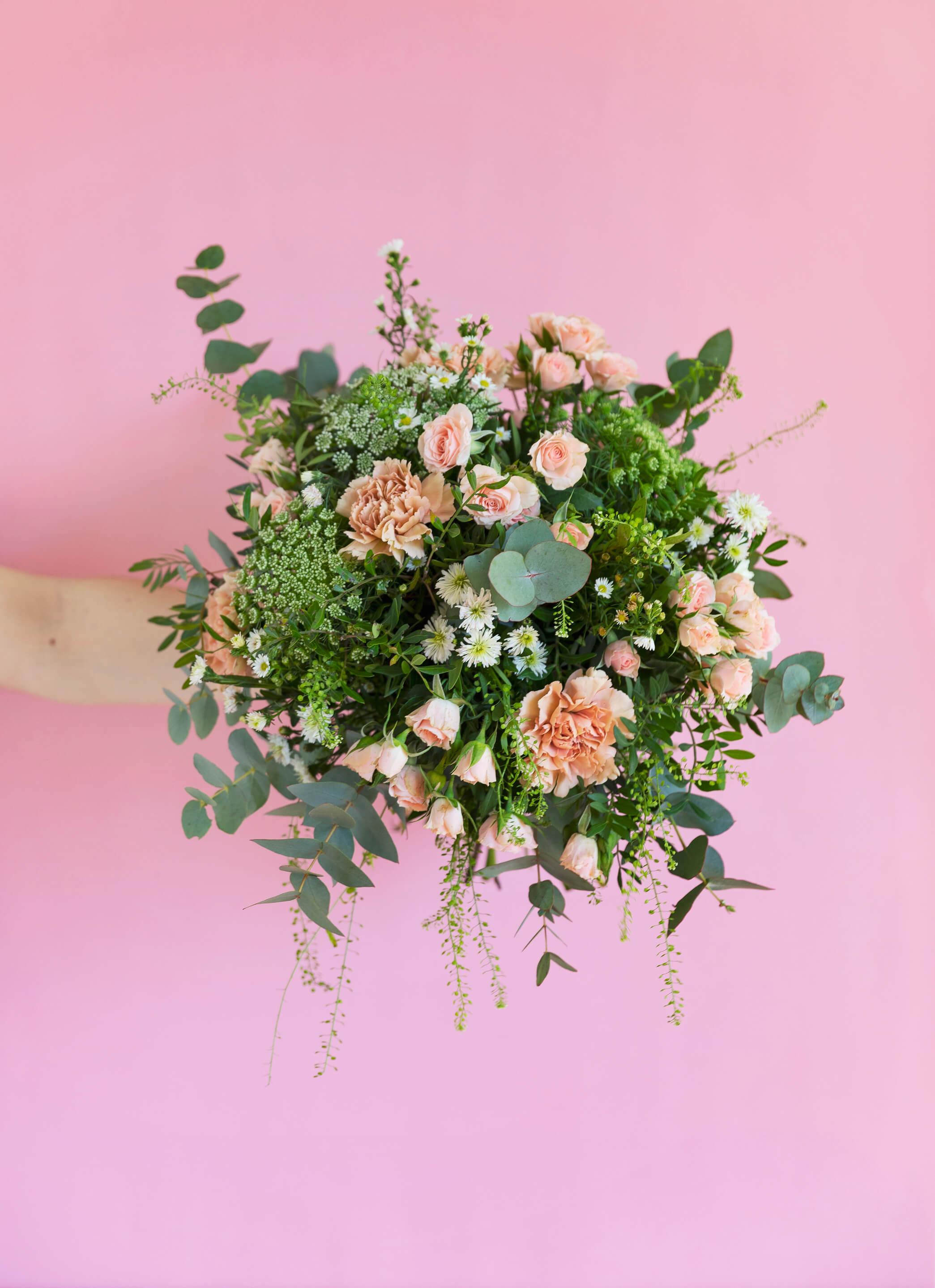 ramo flores primavera-caravan-route-colvin (1)