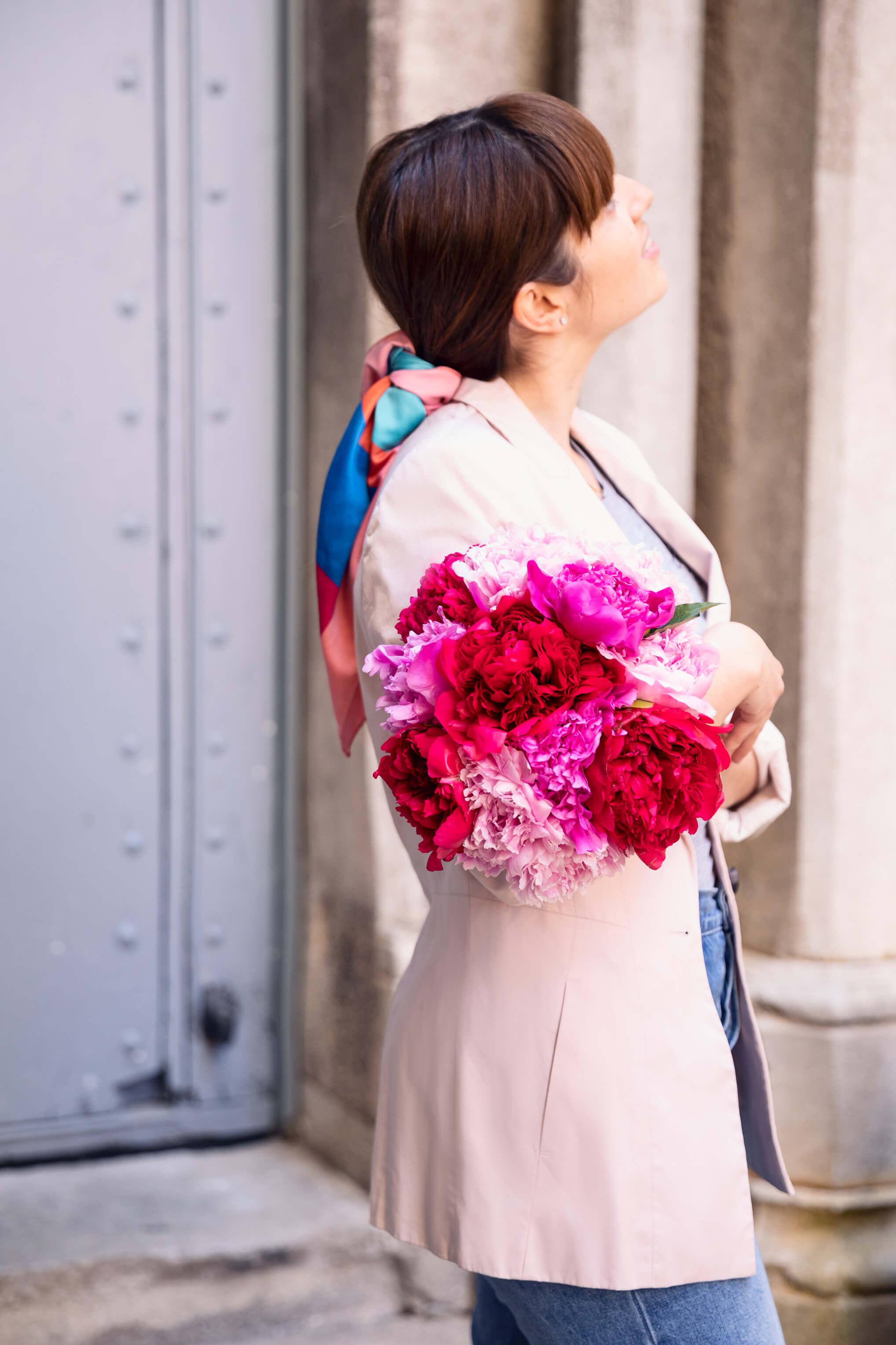 Julia ramo de flores de peonias colvin