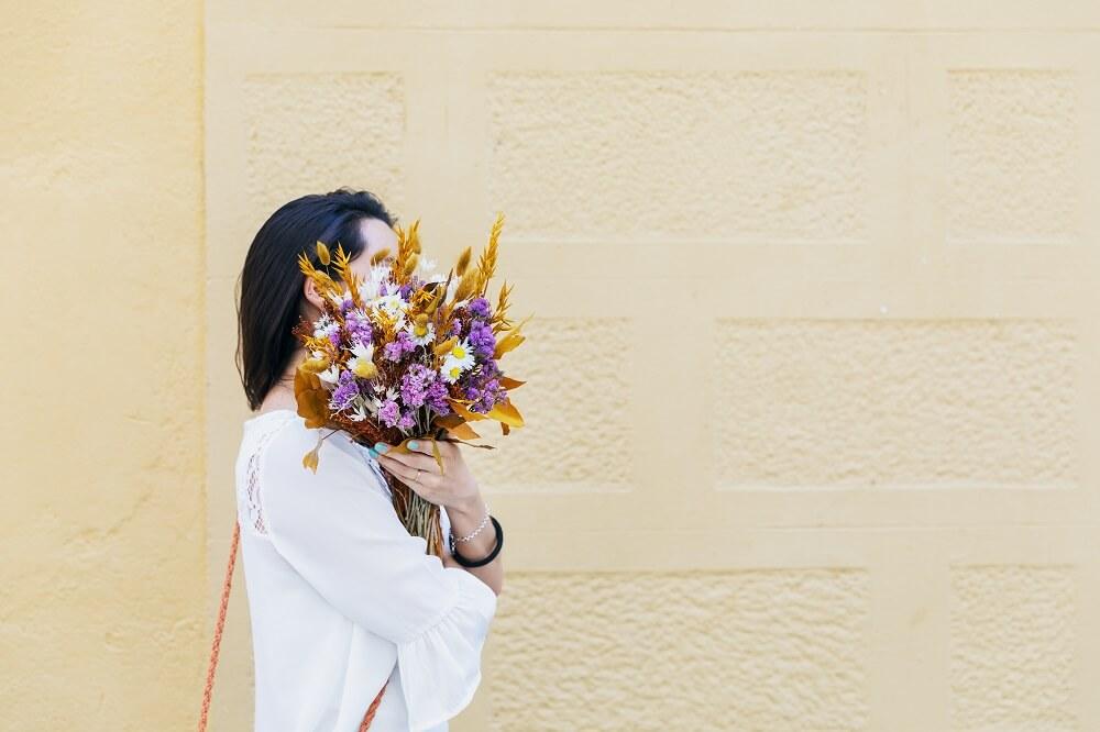 ¡Una ayudita con las flores secas!