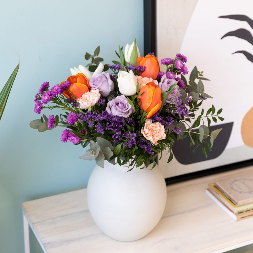 Enviar-ramo-flores-tulipanes-rosas