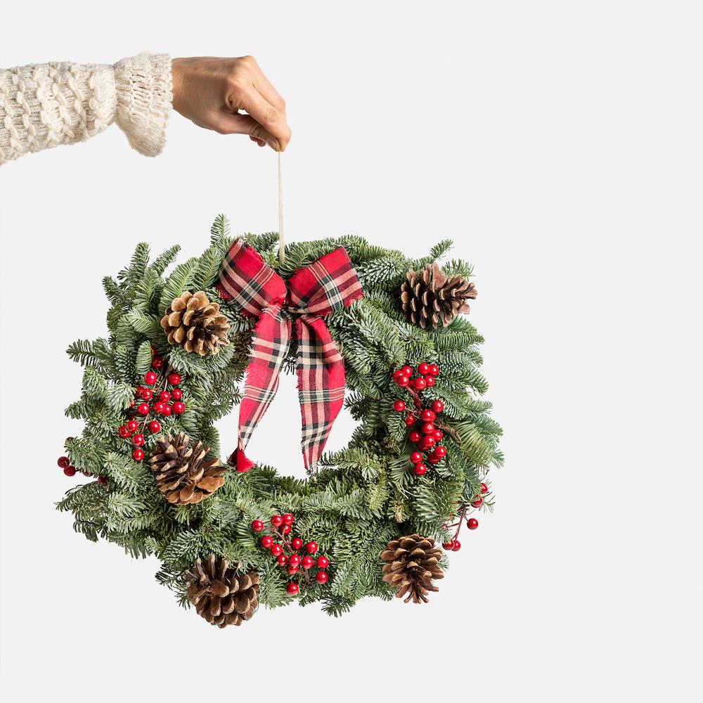 coronas de navidad estilo clásico