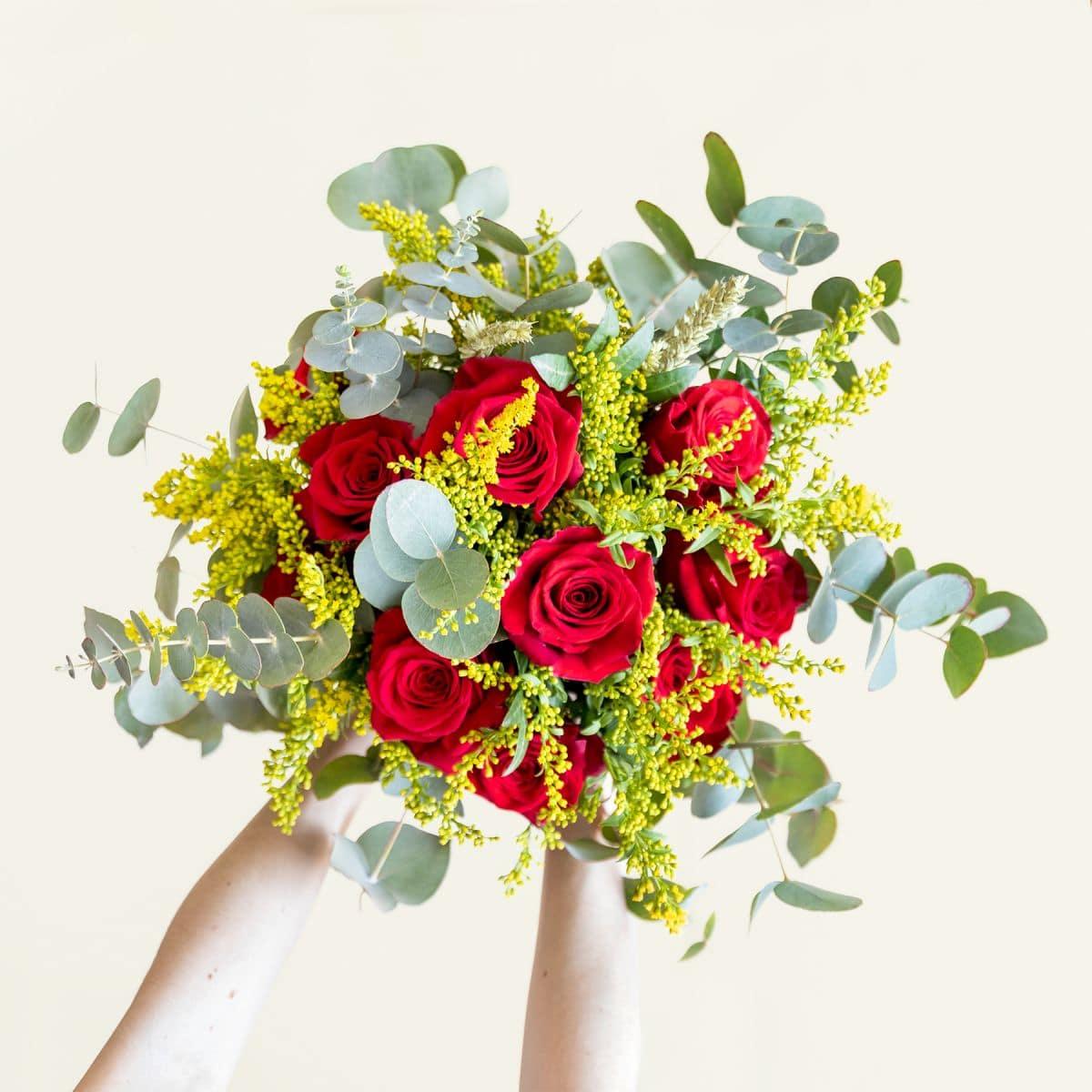 ramo de 10 rosas rojas sant jordi