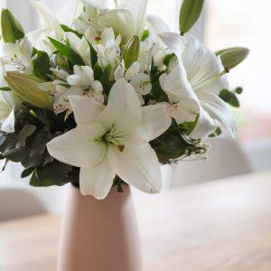 flores blancas liliums