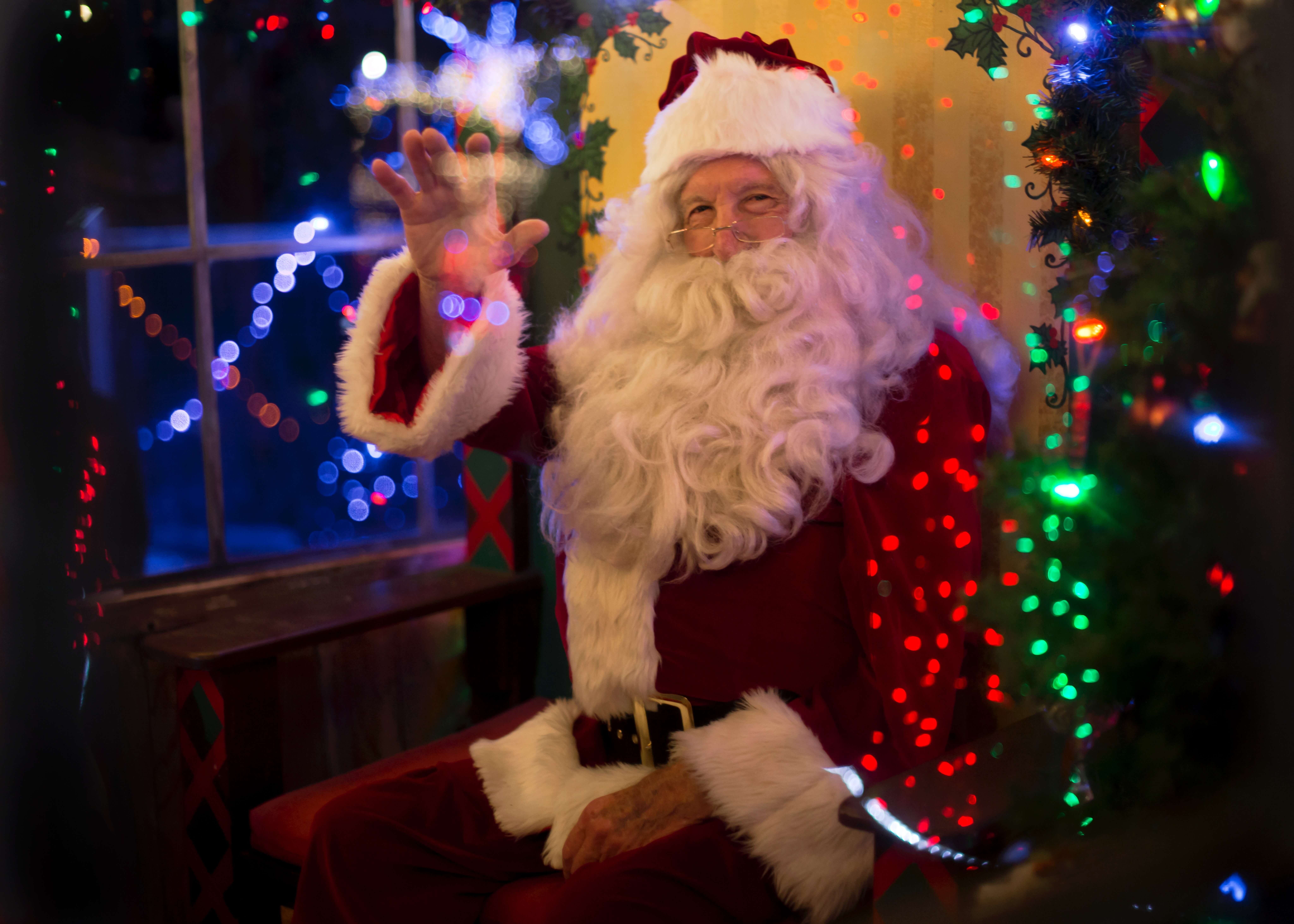 Come E Nata La Leggenda Di Babbo Natale.Qual E La Storia Di Babbo Natale Blog Di Fiori E Notizie