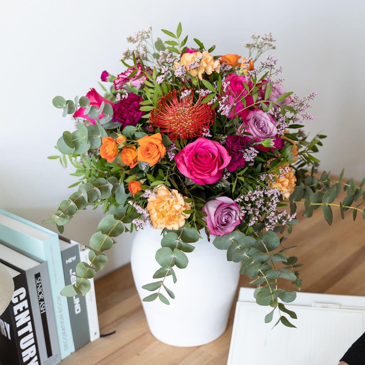 bouquet di rose e dianthus per la festa della mamma