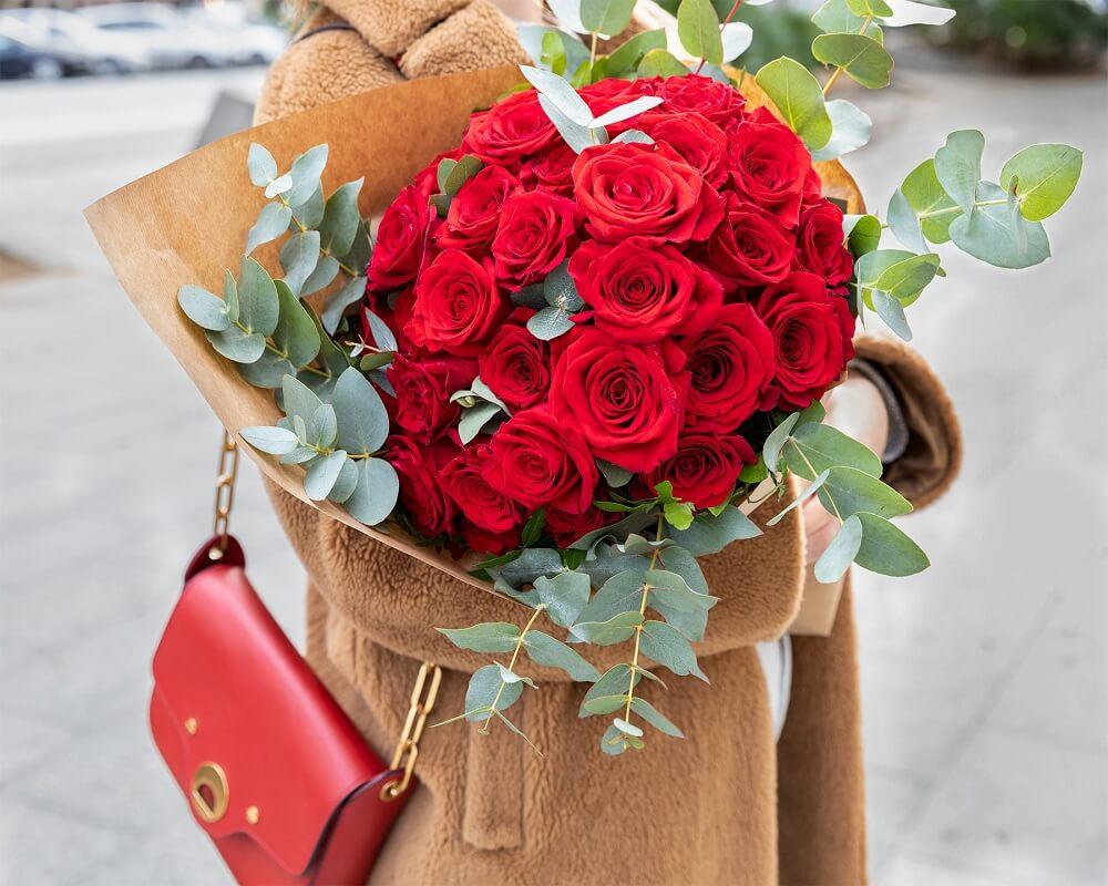 fiori a San Valentino roses