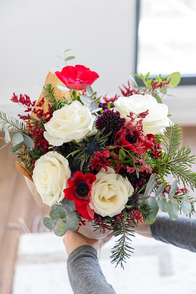 mazzi di fiori invernali Cozy Red