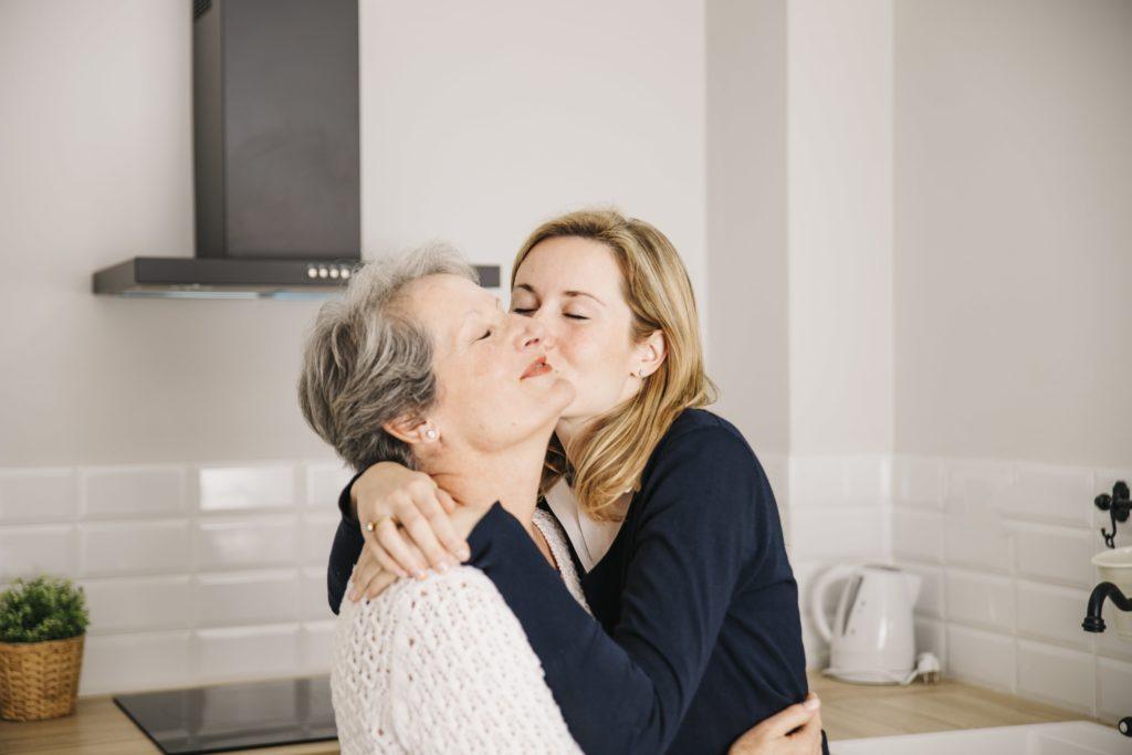 Le migliori frasi per celebrare la festa della mamma. Con una sorpresa inclusa!