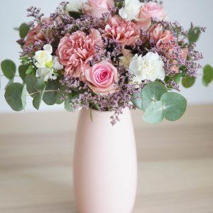 Composizione floreale per anniversario
