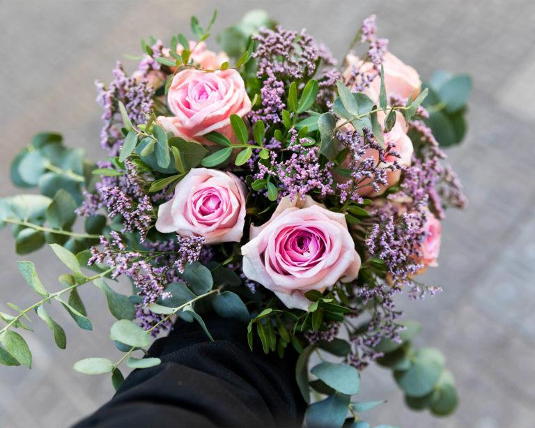 Ramo de flores com rosas