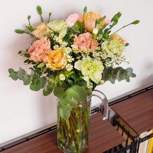 Arranjo de flores para um pedido de desculpa